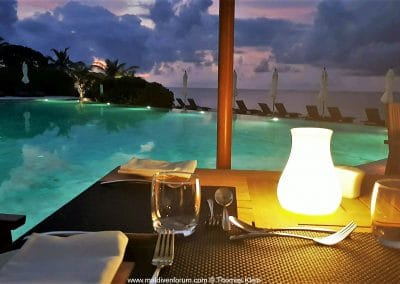 Kudafushi Dinner am Pool