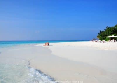 Thulhagiri Island Beach